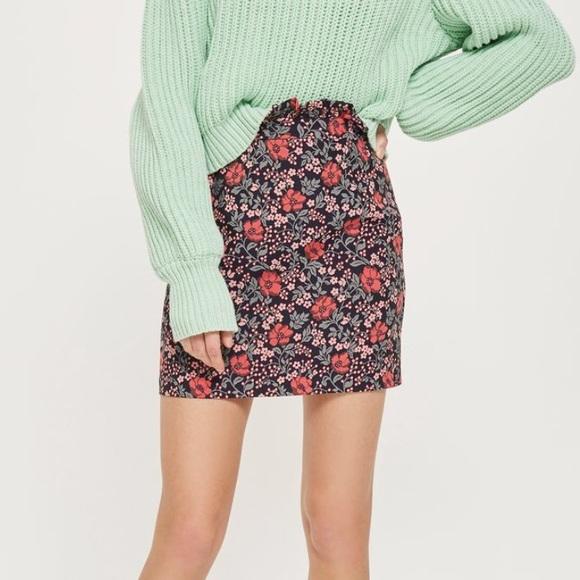 c3535f3ea9ecf3 ✨Topshop Petite Poppy Jacquard Mini Skirt. M_5b8ab6075a9d213a1bfa72bf